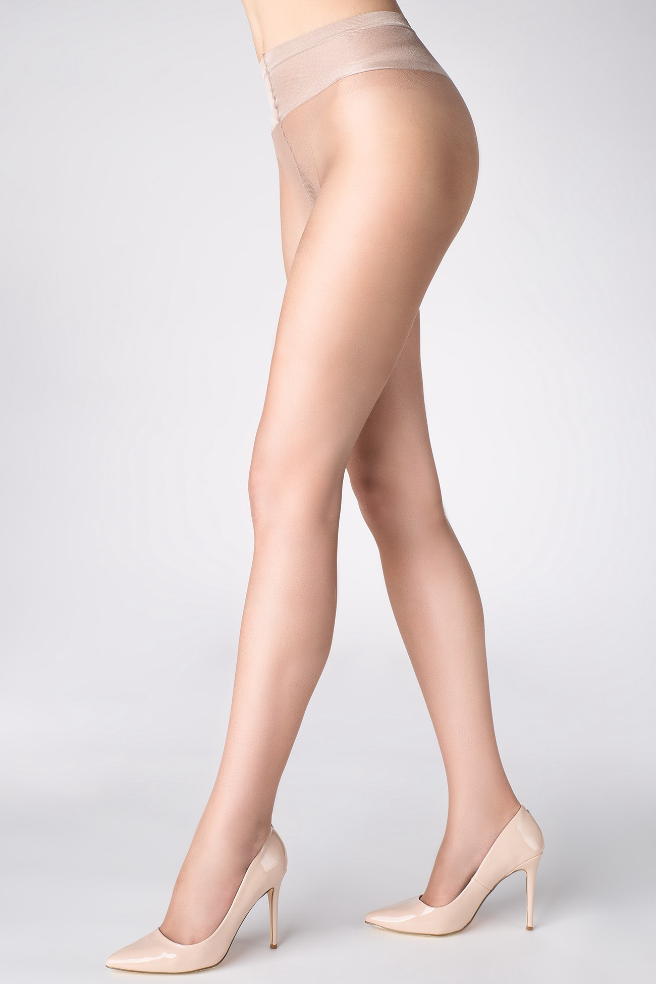 group-naked-pantyhose-for-cellulite-mila-having